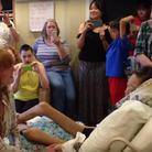 Florence Welch sings to sick fan still