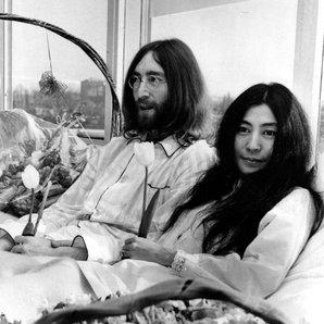 John Lennon Yoko Ono Hair Bed protest