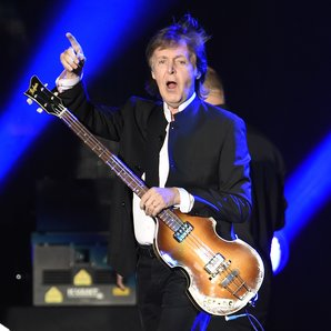 Paul McCartney at Desert Trip 2016